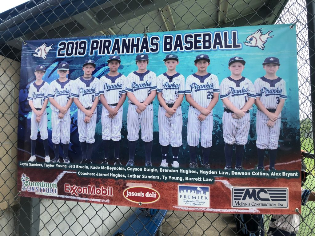 2019 Beaumont Piranha Baseball Team Endorsement[47783]